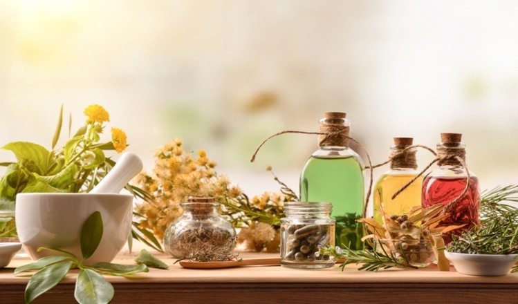 Cancer Treatment with Herbal Medicines